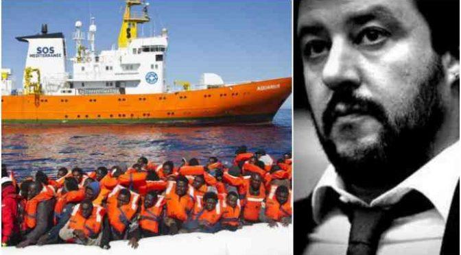 """Ong dichiarano guerra a Italia: """"Nostro diritto entrare in porti italiani senza permesso"""""""