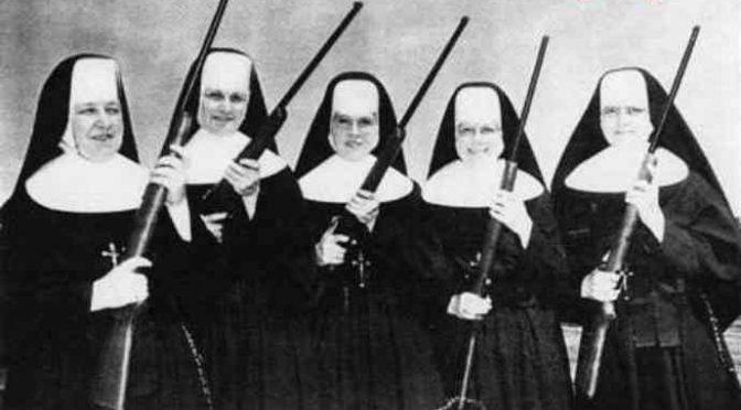 Vaticano sfratta le suore: loro si barricano in convento