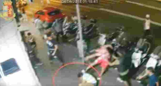 Furia dei nordafricani alla stazione Termini: passeggeri massacrati – VIDEO