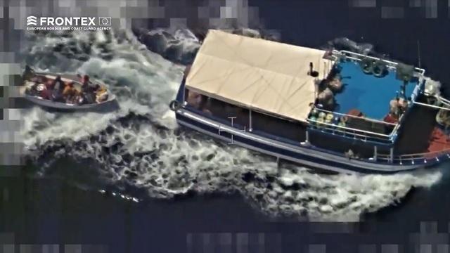 Bloccato peschereccio: trainava barcone clandestini in Italia