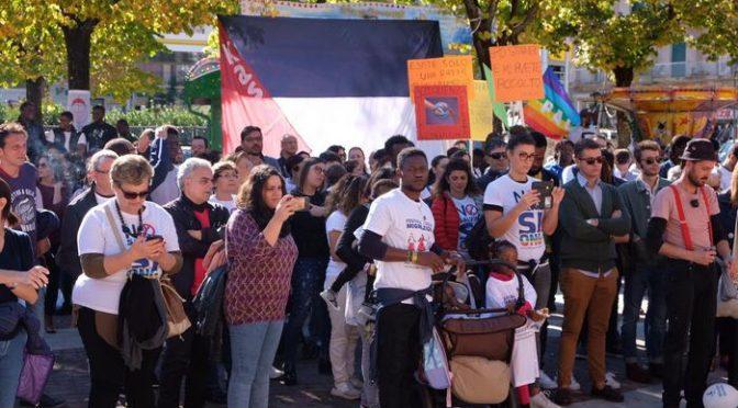 """Desirée, 300 parassiti protestano: """"Non abrogate protezione umanitaria"""""""