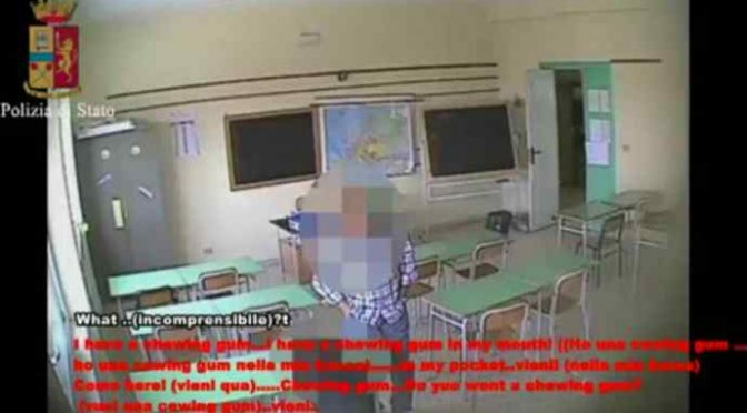 Bidello africano violenta alunna a Modica – VIDEO