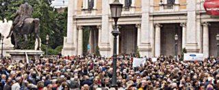 """""""Roma dice basta"""", folla alla Raggi: """"Dimettiti"""""""