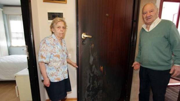 A Milano danno fuoco alle case per sfrattare anziani italian