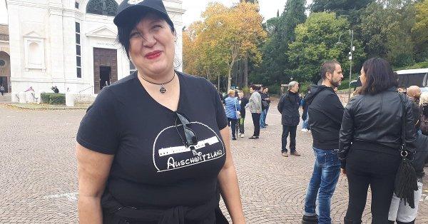 Auschwitz denuncia la sciocca di Auschwitzland