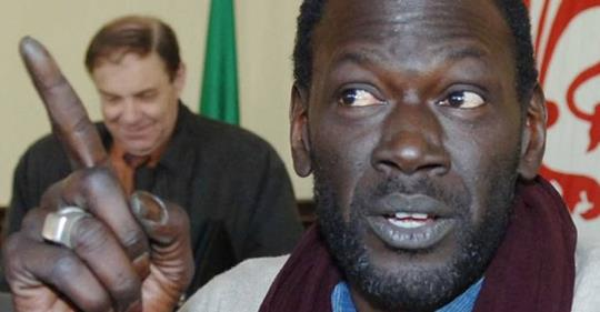 "Leder senegalesi: ""Disobbedire a Salvini"""
