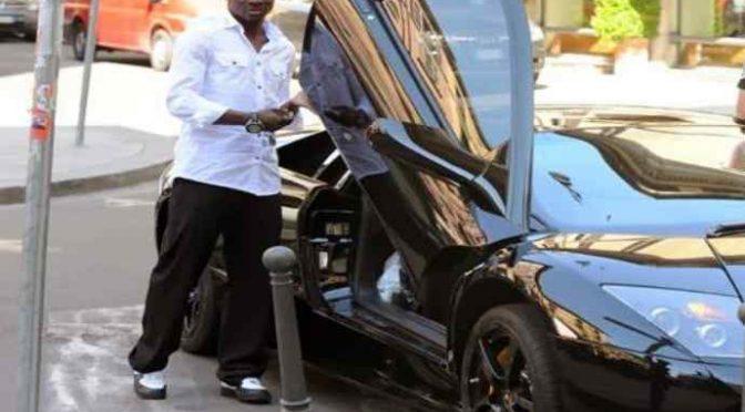 Il profugo spacciatore con 9 auto e senza patente – VIDEO