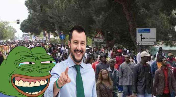 Svizzera pronta ad accogliere migranti in fuga da Salvini