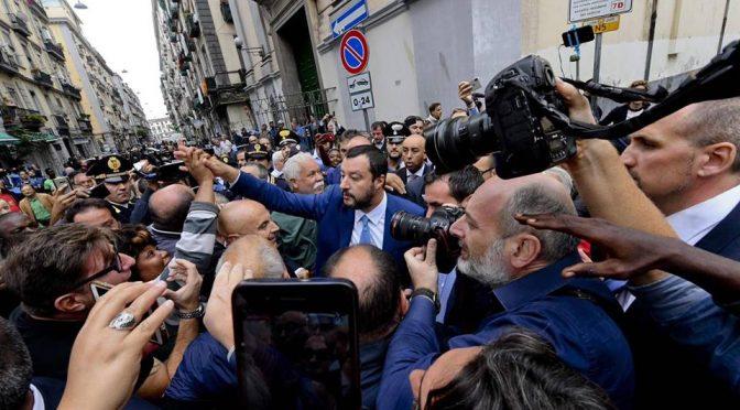 """Salvini torna a Napoli: """"Allontanati oltre 140 immigrati dal Vasto"""""""