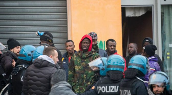 Torino: sgomberate palazzine dello stupro