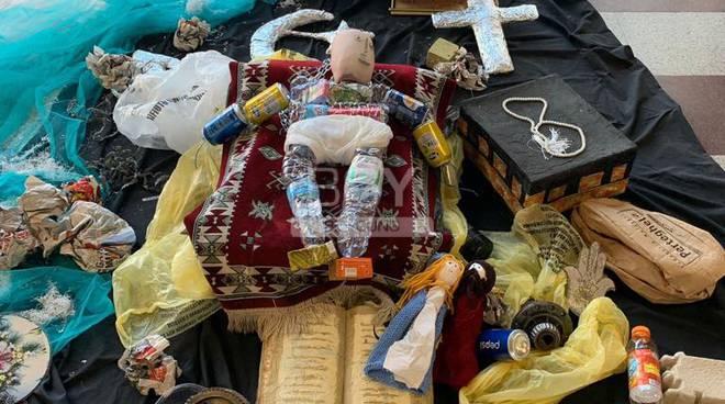 A Bergamo il Presepe è islamico e riciclato – FOTO