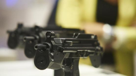Poliziotti locali come Rambo a Cittadella: pistola 'mitra'