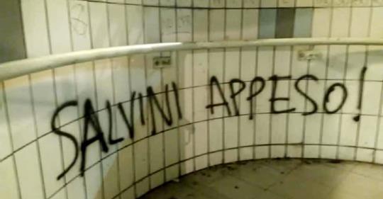 """Impotenti minacciano Salvini: """"Appeso"""""""