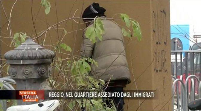 La città del Tricolore assediata dagli immigrati