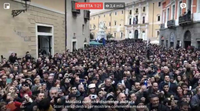 """Folla oceanica per Salvini in Sardegna: """"Per qualcuno vengono prima gli immigrati, per me no"""""""