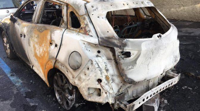 Milano, ondata di auto incendiate: Sala festeggia Mahmood