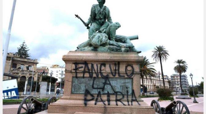 """""""Fanculo la Patria"""", scritte oscene degli antirazzisti"""