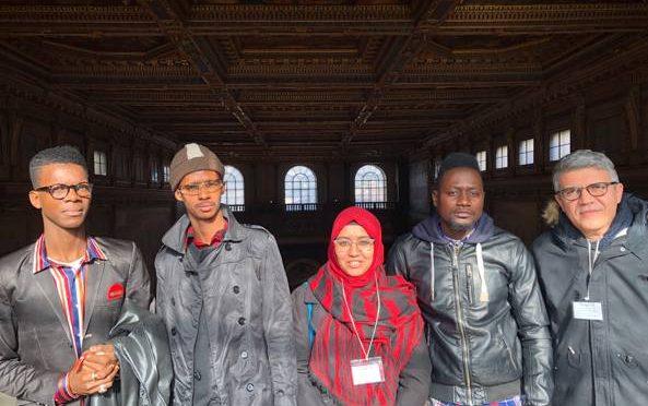 Profughi guide turistiche nei musei di Firenze al posto degli italiani