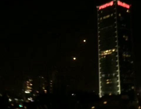 Missili islamici su Tel Aviv: 1 va a segno – VIDEO