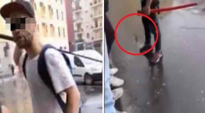 Immigrato armato di katana attacca i passanti a Milano – VIDEO