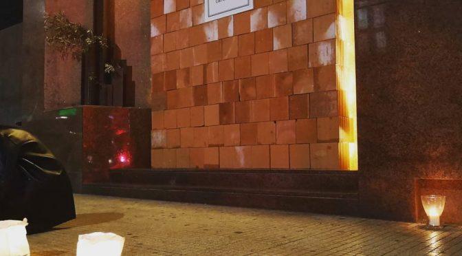 Prete mura entrata chiesa ai fedeli contro i porti chiusi di Salvini
