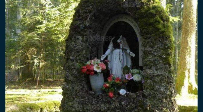 Francia, decapitata un'altra statua della Madonna