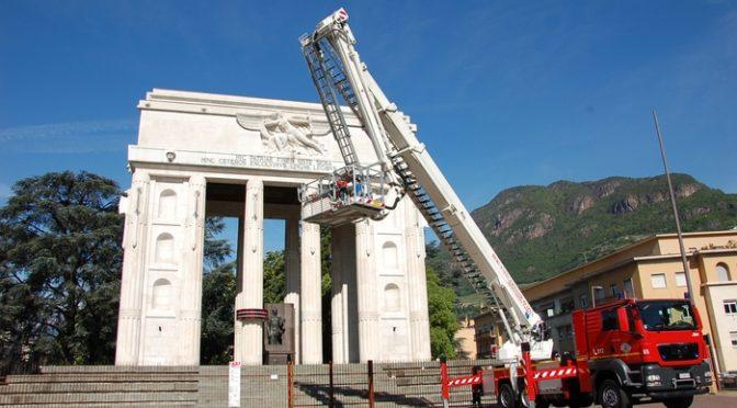 I tedeschi vogliono abbattere il Monumento alla Vittoria