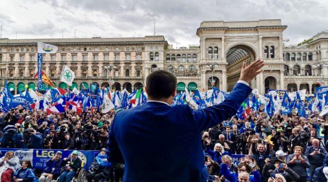 Pd diffonde foto false del comizio di Salvini