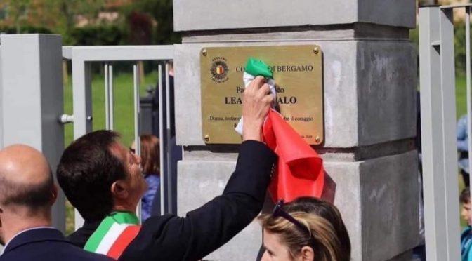 PD vuole Bella Ciao invece dell'Inno di Mameli: rissa in piazza
