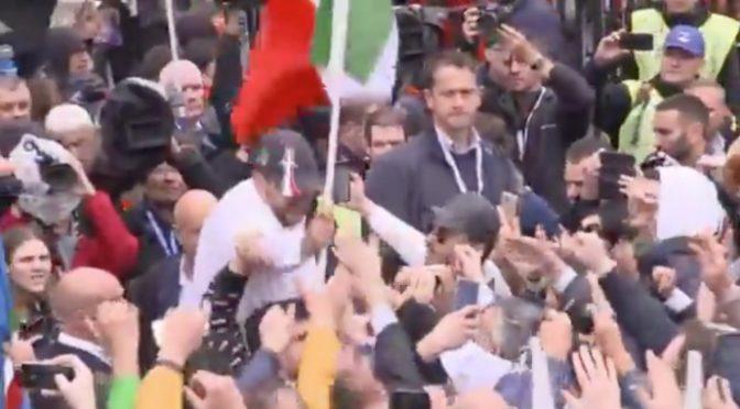 """Salvini risponde alla Ue: """"Non chiediamo i vostri soldi, ma di usare i nostri"""""""