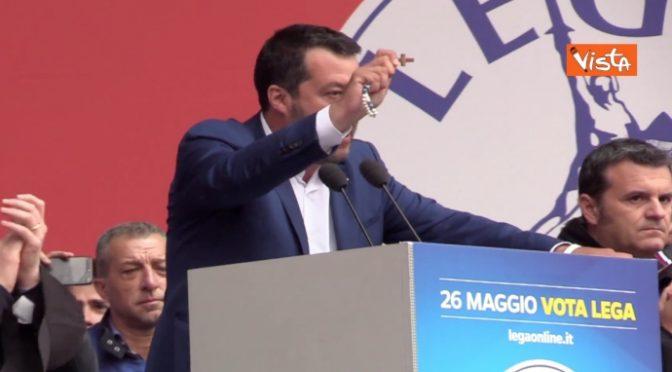 "Sindaco PD si converte e si appella a Salvini: ""Liberaci dai Rom"""