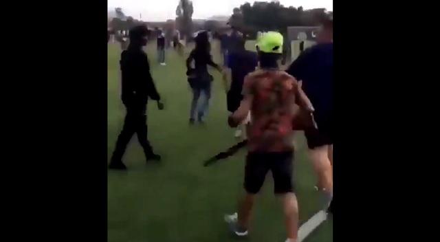 Coppa d'Africa tra quartieri francesi: scontri etnici – VIDEO