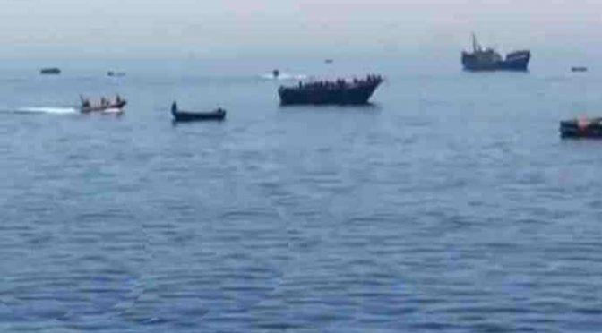 Tremila clandestini su 38 barconi riportati in Libia