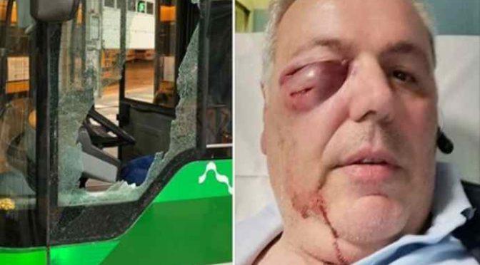 Autista pestato da immigrato, vetro bus sfondato – FOTO