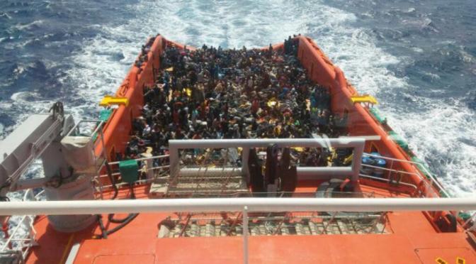 Salvini riapre i porti? Nave privata con 50 clandestini 'maltesi' scarica a Pozzallo