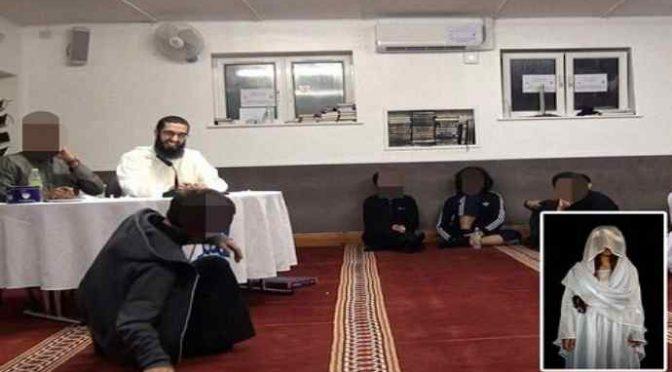 """Imam ai ragazzi islamici: """"Donne cristiane sono le vostre schiave sessuali"""" – VIDEO"""