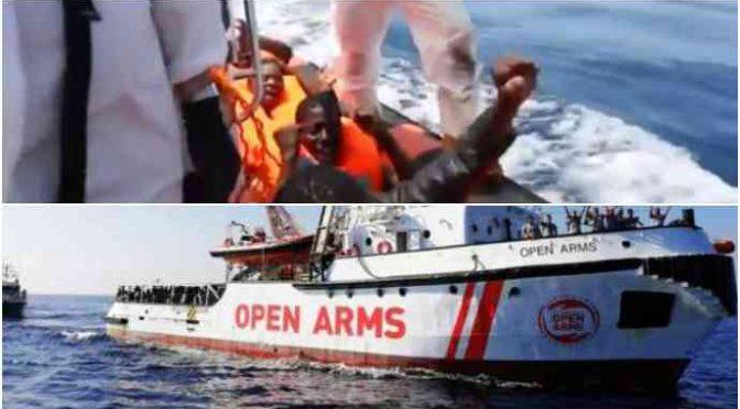 """Open Arms pronta ad irrompere a Lampedusa: """"In Spagna non andiamo"""""""