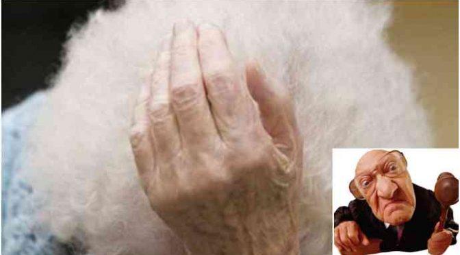 Anziana italiana ruba pane per fame: condannata al carcere