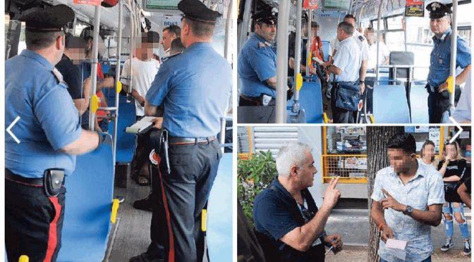 """20 'profughi' sul bus senza biglietto: """"Noi non dobbiamo pagare"""""""