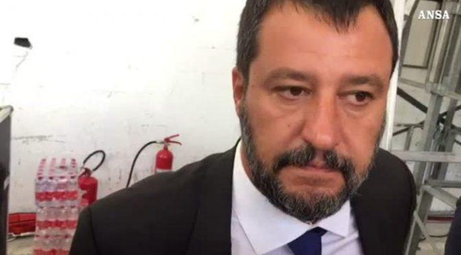 Le lacrime di Salvini per le vittime del Ponte Morandi – VIDEO