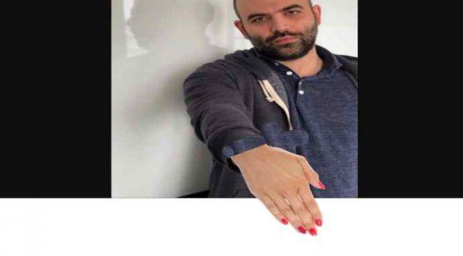 Saviano: una mano smaltata per Open Arms