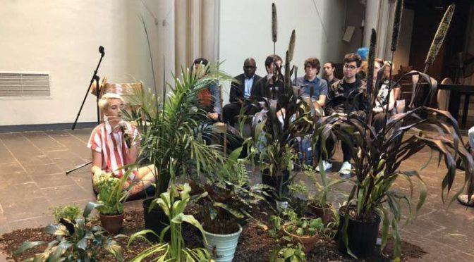 I 'gretini' si confessano con le piante: è un culto millenaristico