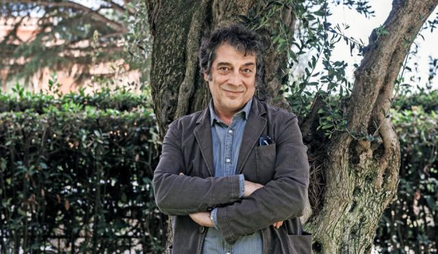 """L'ex scrittore Veronesi: """"Avrei fatto saltare i denti a parecchi leghisti"""""""