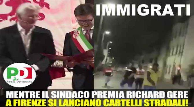 Immigrati si scontrano a Firenze mentre il sindaco premia Richard Gere – VIDEO