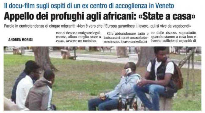"""Appello dei profughi agli africani: """"Non venite in Italia, non c'è lavoro"""""""