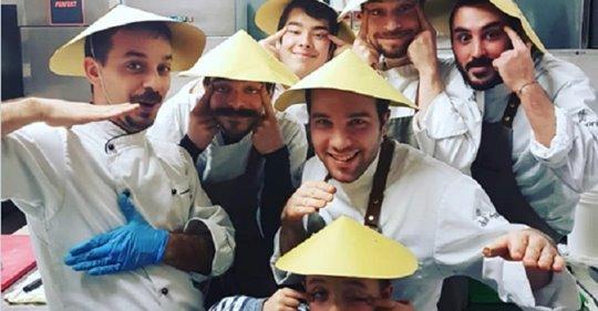 Chef Gorini accusato di 'razzismo': ha mimato gli occhi a mandorla dei cinesi