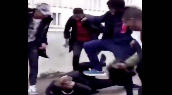 Ragazzino pestato a sangue da africani – VIDEO