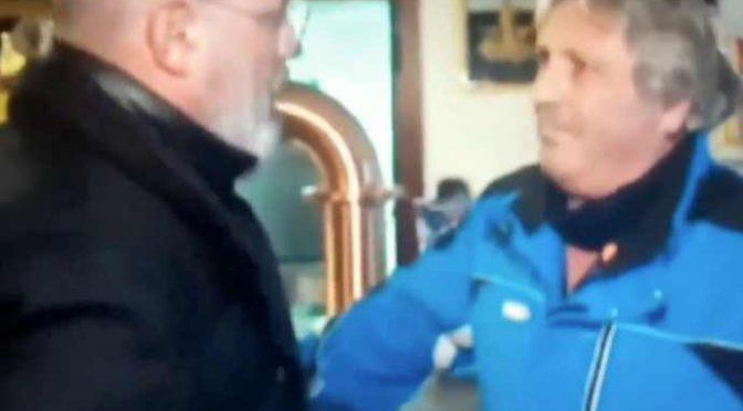 """Emilia: Bonaccini contestato, attacca lavoratore: """"Io lavoro di più"""" – VIDEO"""