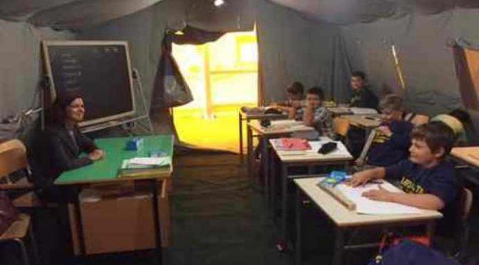 """Prof minaccia alunni: """"Cantate 'Bella Ciao' o vi boccio"""""""