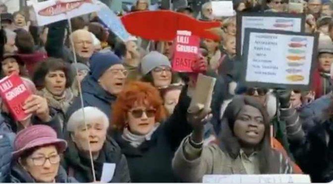 Le coop stanno con Bonaccini e sponsorizzano le manifestazioni anti-Salvini